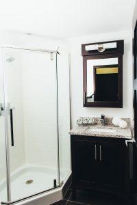 Luxe London Bathroom - AmritaSinghPhoto 0427 200x300